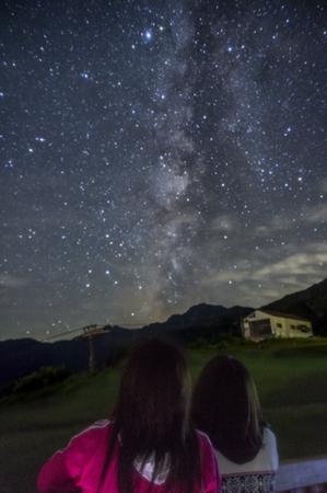 星空背景.jpg